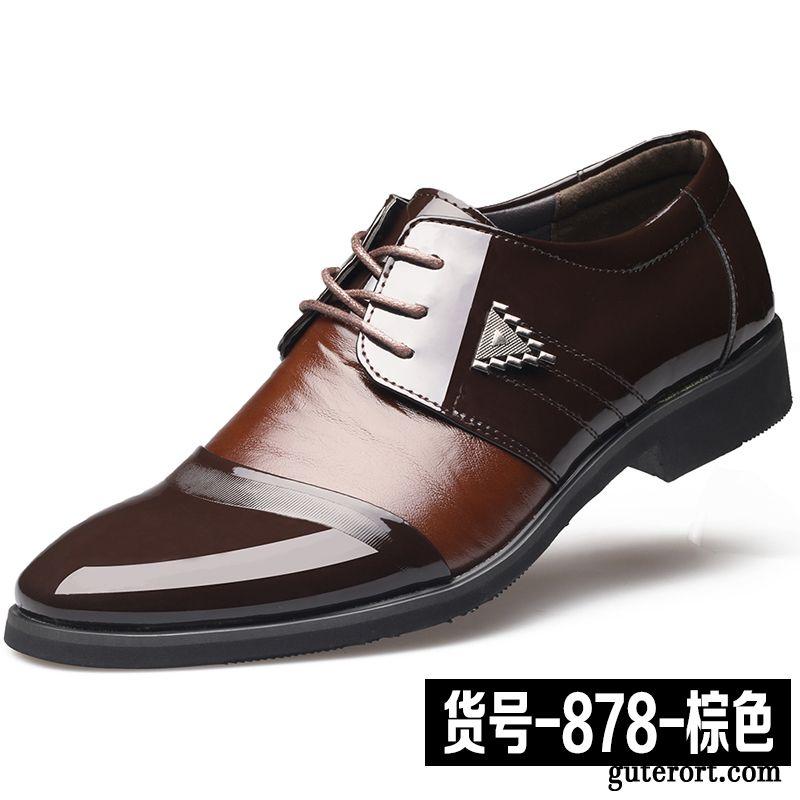 Schuhe für Damen zu tollen Preisen kaufen. H&M Sale nicht verpassen - die besten Angebote online oder im Geschäft.